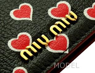 ミュウミュウ miumiu 財布 新作 2017 レディース 二つ折り財布 黒/ブラック ハート 5MV204 商品コード miumiu203 商品画像 3