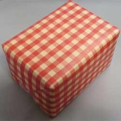 包装(赤色)とリボン