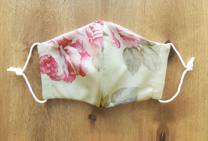 夏場でも快適に使える冷感マスク、通気性のいい繰り返し洗える立体布マスク 日本製