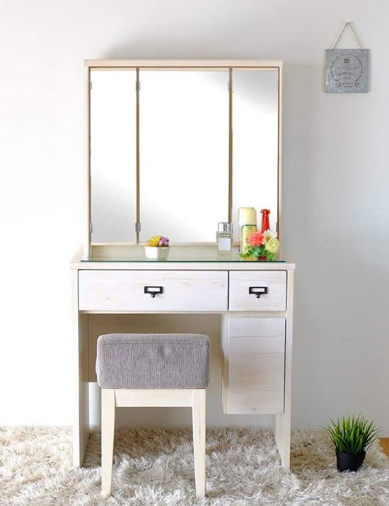今なら送料無料。使いやすい3面鏡、ホワイトカラーの70cm幅シンプルデザインのパイン材ドレッサー。フローラル703面ドレッサー 鏡台