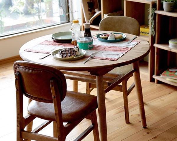 今なら送料無料!ナチュラルテイストの角が無いまん丸のスッキリしたオイル仕上げの円卓、90cm幅ラウンドダイニンテーブル アンジー ロジーラウンドテーブル90 Logie round table 90