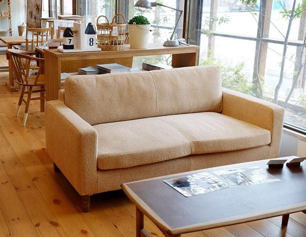 今なら送料無料!人気の「nora.」シリーズの柔らかなデザインのカバーリング仕様の布張り2Pソファー「リュリュ」がお買い得、(二人掛け)アンジー and g nora.ノラ リュリュlyulyu 2pソファー 幅150cm
