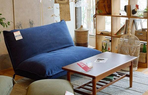 今なら送料無料、背もたれリクライニングできるコンパクトなリラックスソファーチェアー マンジー 二人掛け2Pソファー アンジー ノラand g nora. 姫路家具 家具センタームラセ in 森のくに
