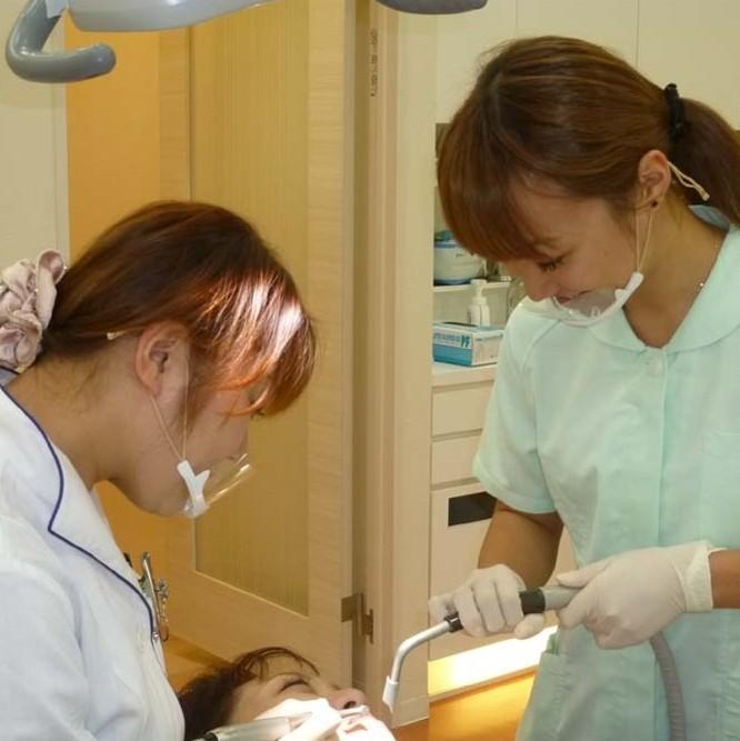 しらゆり歯科3