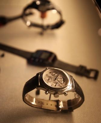 世界初、クォーツによる超複雑時計