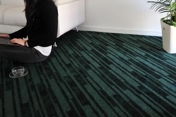 上品な深みのあるグリーンで落ち着ける空間