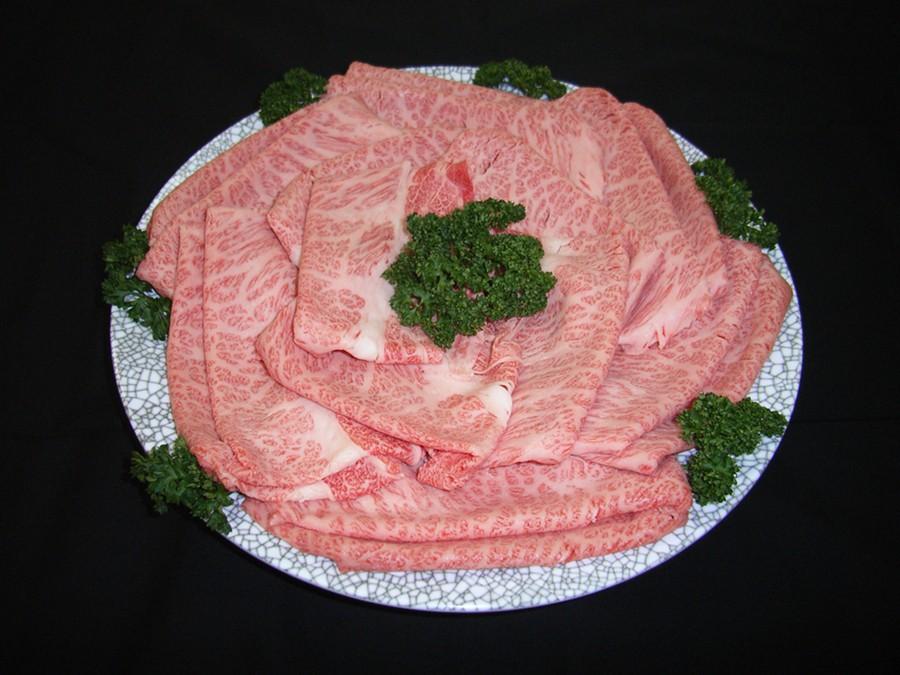 特選近江牛ロース・肩ロースすき焼きを皿盛りしてみました