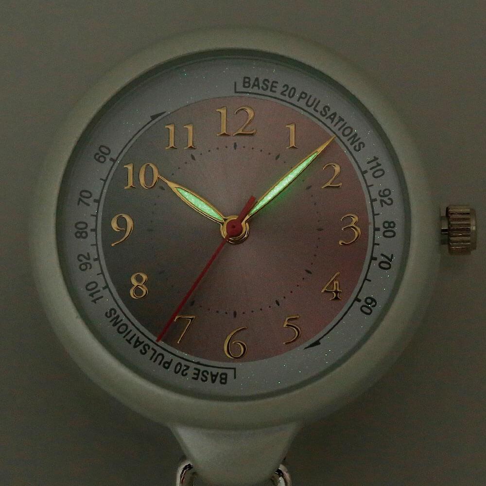 針蓄光タイプ