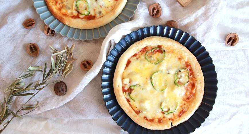 アメリケーヌのシーフードピザ