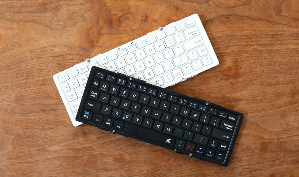 折りたたみ式ワイヤレスキーボード TRI