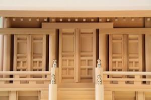 通し屋根神殿三社鳳凰(中)