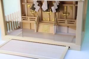 ガラス箱宮三社しめ縄付き大型サイズ