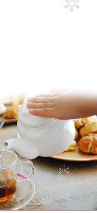 アロマオブティの和紅茶にあう、おすすめのスイーツはほうじ茶生クリーム大福