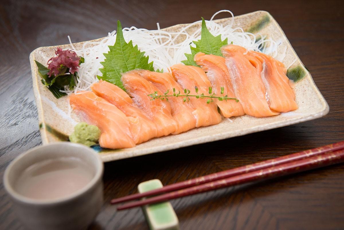 刺身用 銀鮭ロイン