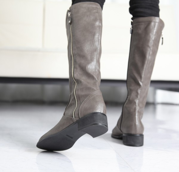 靴・シューズ・パンプス・ブーツ・サンダル・フラット等の品揃え