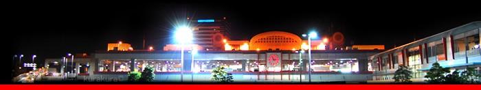 大阪市中央卸売市場本場の夜景