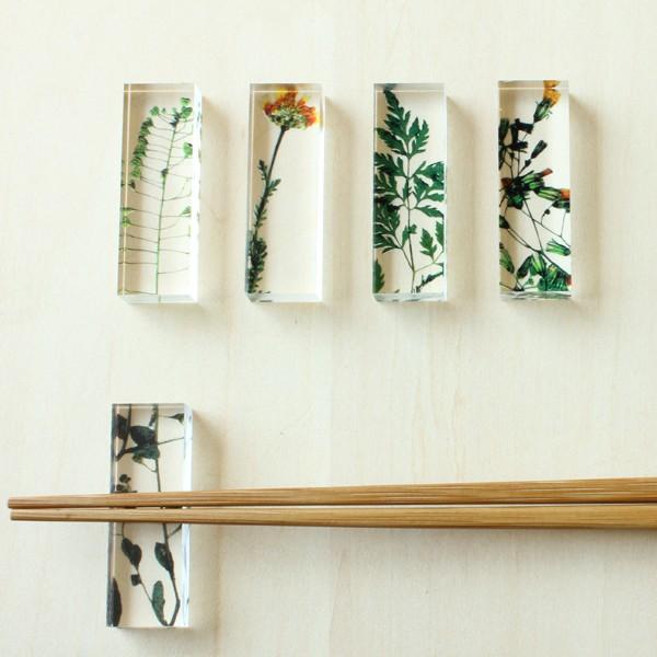 toumei トウメイ 押花 箸置き 5個セット 木箱入り アクリル樹脂製のおしゃれ箸置き