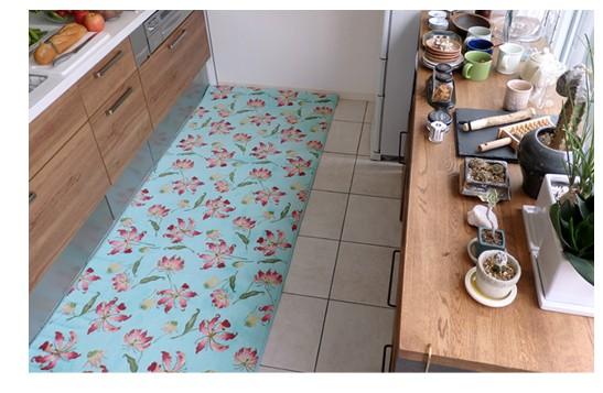 ボタニカルキッチンマット グロリオサ写真