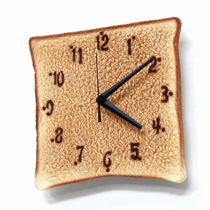 MEGAトースト時計1