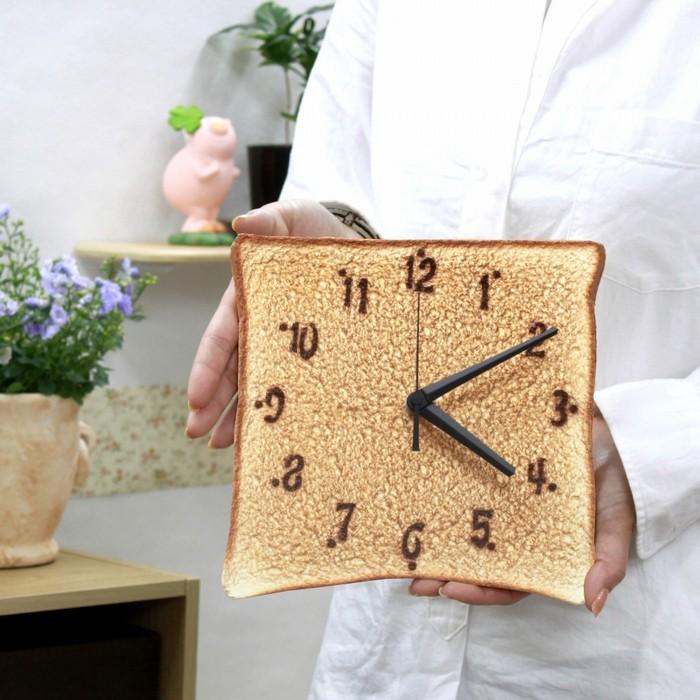 MEGAトースト時計6