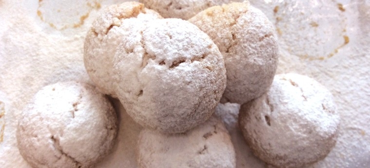 プチプラム 豪徳寺クルミクッキー(缶入り)