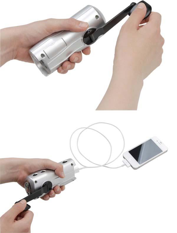 iPhone付属のUSBコードを使えば充電ができます!