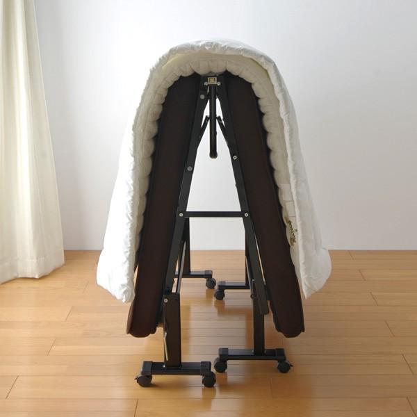 アイリスオーヤマ 折りたたみベッド OTB-MTN ブラウン【完成品】