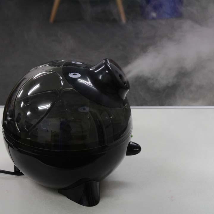【加湿器超音波式加湿機予防ミスト湿度冬ブタの超音波加湿器【黒】SIS】