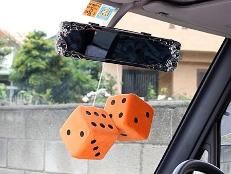ハンギングファジーダイス(サイコロ) @1500 オレンジの使用例