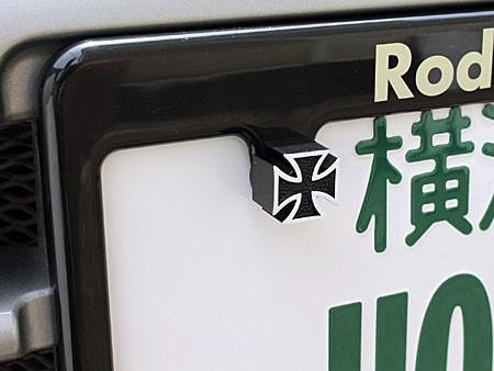 ナンバープレートボルト(ライセンスボルト)2個セット/アイアンクロス/ブラックの使用例