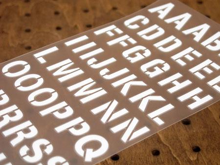アルファベットステンシル転写ステッカー63Pセット ホワイト2