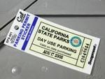 パーキングパーミットステッカー カリフォルニア州駐車場