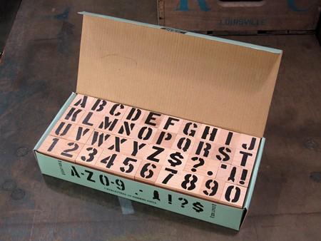 ステンシルアルファベットスタンプ 42Pセット サイズL1