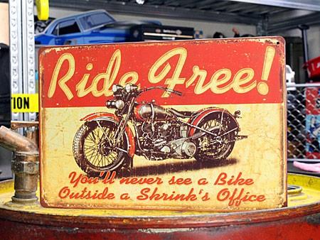 アメリカンインテリアプレート アメリカンバイク Ride Free! サイズS