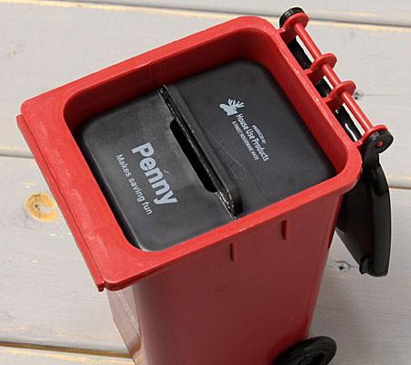 ゴミ箱型小物入れ貯金箱ペンスタンドレッドの貯金箱