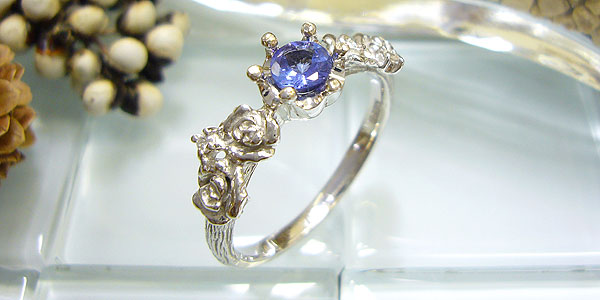 プラチナリング・タンザナイト・ダイヤモンド付・指輪