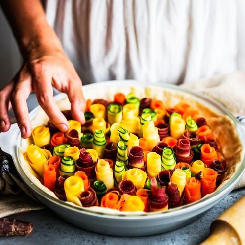 耐熱ガラスと鮮やかな発色のセラミックを合わせた新しいスタイルのオーブンウェア フリーザーからオーブン、電子レンジ、そして食卓へCREO New York 耐熱ガラスをべースに、鮮やかなセラミックで装飾したベーキング(オーブン)ウェア。フリーザーからオーブン、電子レンジへと急激な温度差にも対応。食卓を彩るテーブルウェアとしても活躍。CREOスマートグラス パイパン