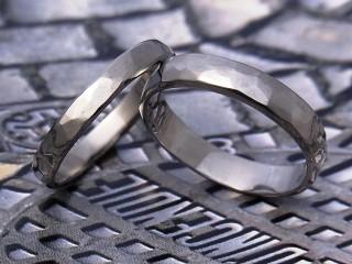 甲丸ハンマー結婚指輪