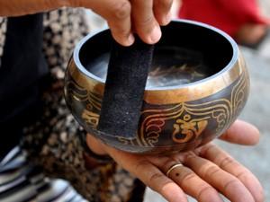チベット密教シンギングボールティンシャ