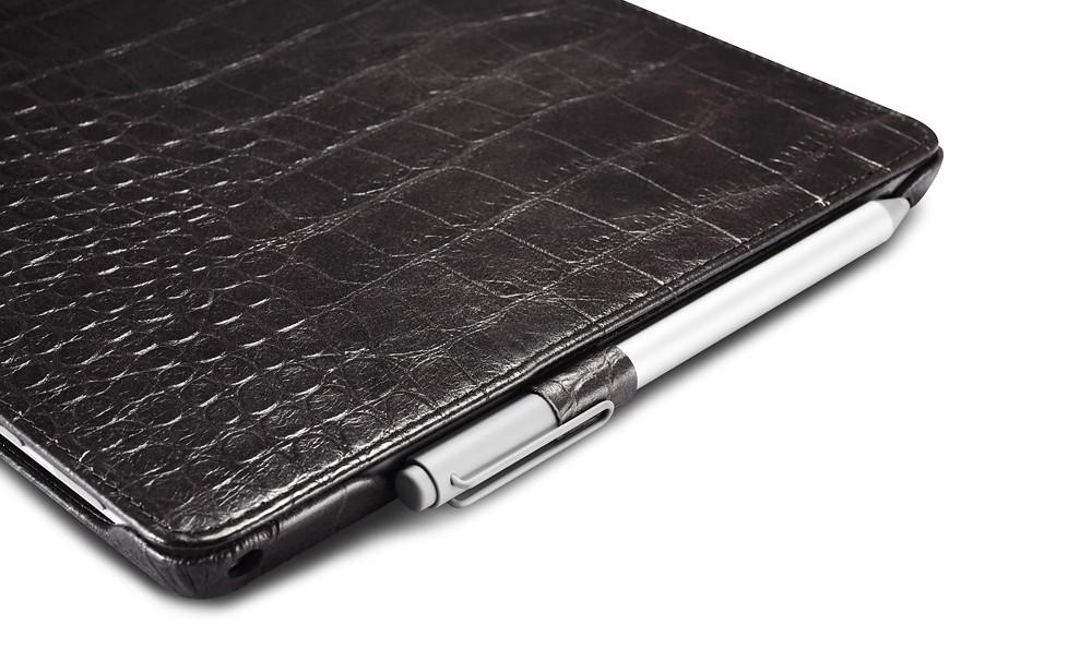 Microsoft SurfacePro4専用のクロコダイル柄レザーケースのペンホルダー