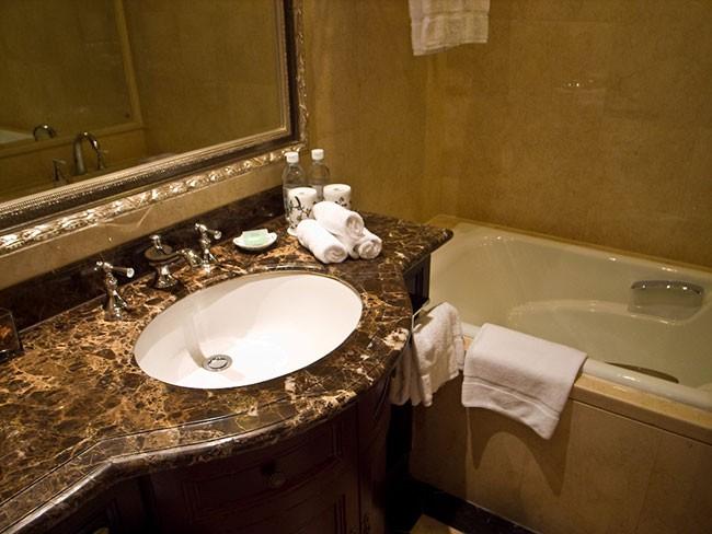 ホテル バスルーム