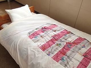 業務用 旅館・ホテル シングルサイズ 掛け布団カバ― 使っている2