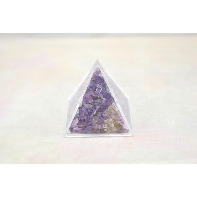 天然石チップ さざれ石 ピラミッド型ケース 5cm 選べる四種類 ryu 05
