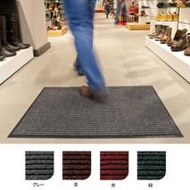 2種類の繊維の組み合わせと凸凹で土砂・水分の除去性を実現したカーペットマットです。