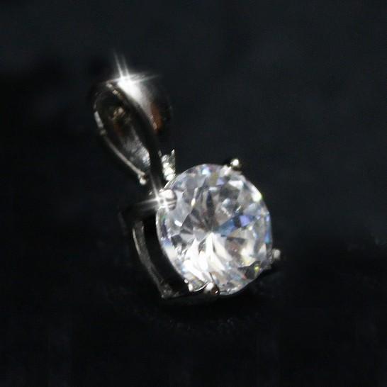 CZダイヤ(キュービックジルコニア) シンプル デザイン ペンダントトップ ネックレスチェーン付き_詳細画像1