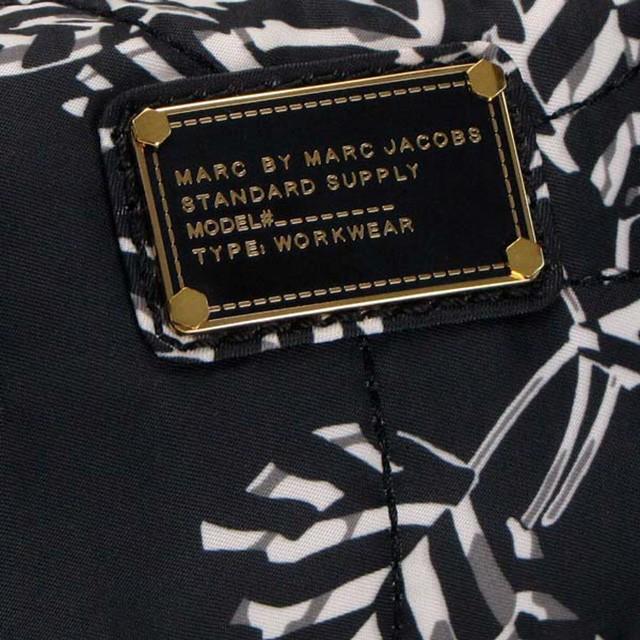 マークバイマークジェイコブス Marc by Marc Jacobs ポーチ コスメポーチ 小物入れ メイクアップ・コスメティック/MAKE UP COSMETIC ブラックマルチ m0001497a-80011