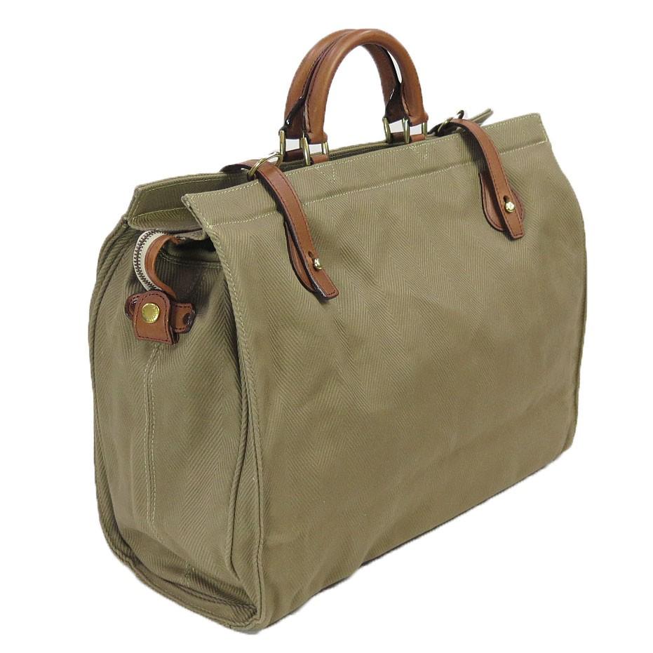 8fb2c699fded 尚、このバッグに使われている金具は、真鍮及び真鍮メッキを施しています。シルバーレイククラブには、クラシカルな風合いを重視して上記金具を用いていますが、真鍮  ...