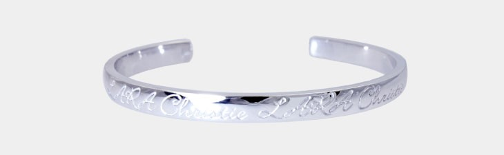 ブランド LARA Christie(ララクリスティー)のロマンス バングル(ホワイトレーベル)の正面画像。