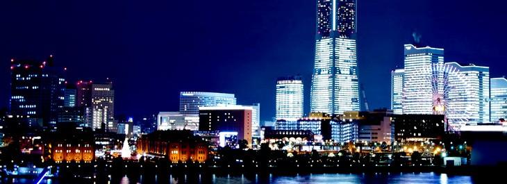 ブランド ララクリスティーのペアタンブラーの使用シーンのイメージ夜景