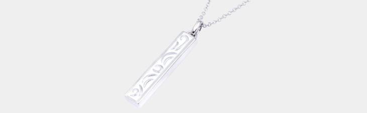 ブランド LARA Christie(ララクリスティー)のセイントグラス ダイヤモンド ネックレス(ホワイトレーベル)の全体像。